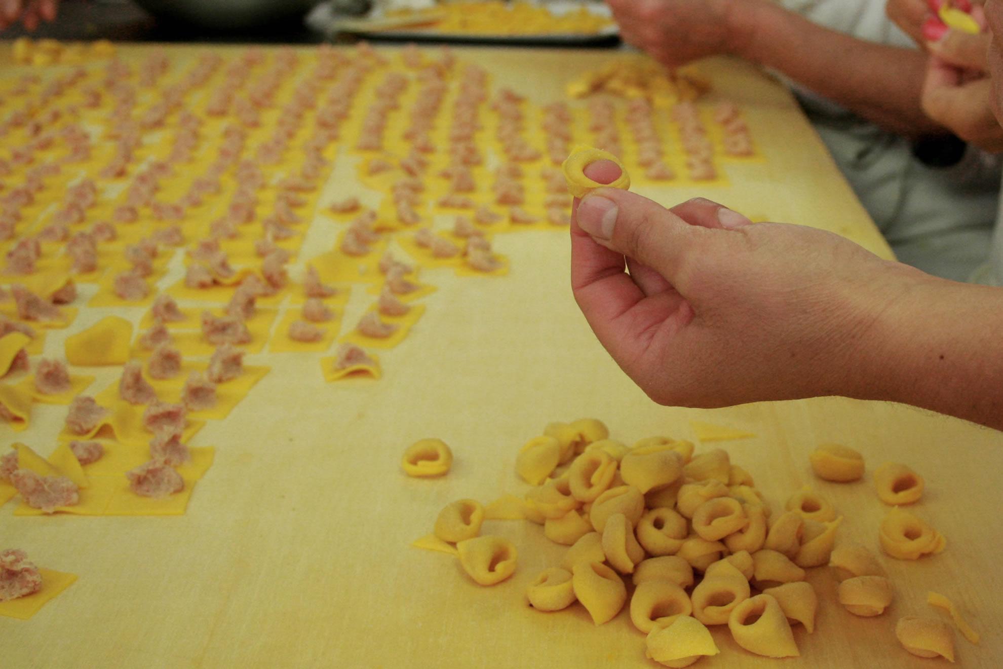tortellino-bolognese